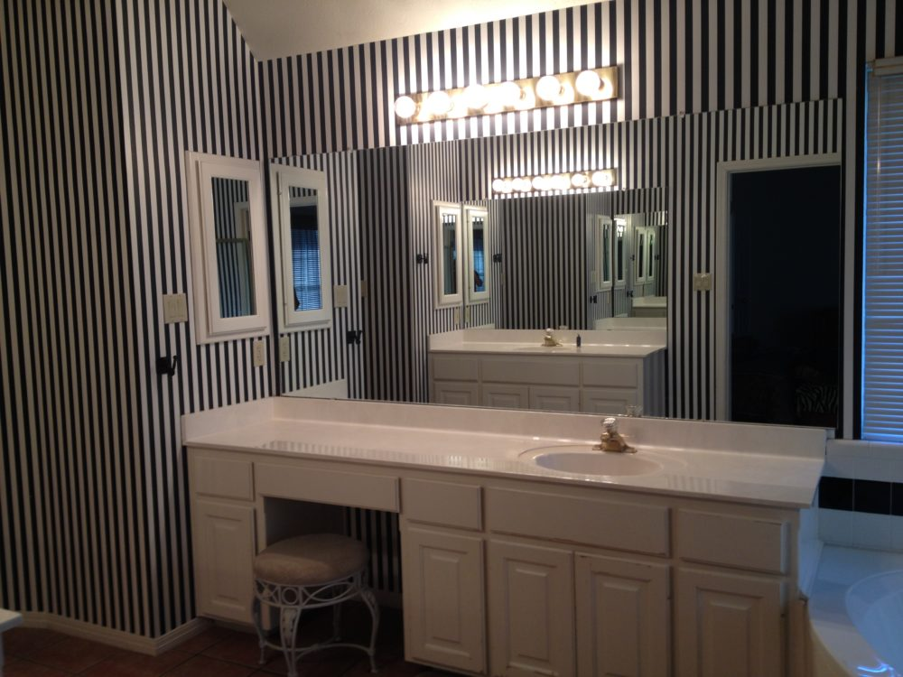92 Austin Bathroom Interior Design Bathroom Decor In Renovated Austin Texas Bungalow